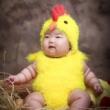 #搞笑萌娃#当我故意说柠檬很好吃,又假装晕倒以后,看到最后火火表情太上头了