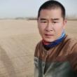 #镜头里的秋天#新疆农民如何给成千上万亩的土地浇水?用这种方法不但能节约成本还不费体力